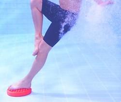 Массажер ножной для занятий в бассейне DynaPad (Rucanor)
